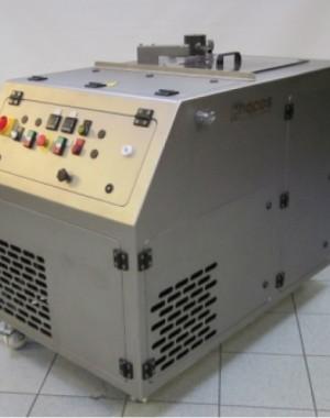 Průmyslový maloobjemový temperovací stroj
