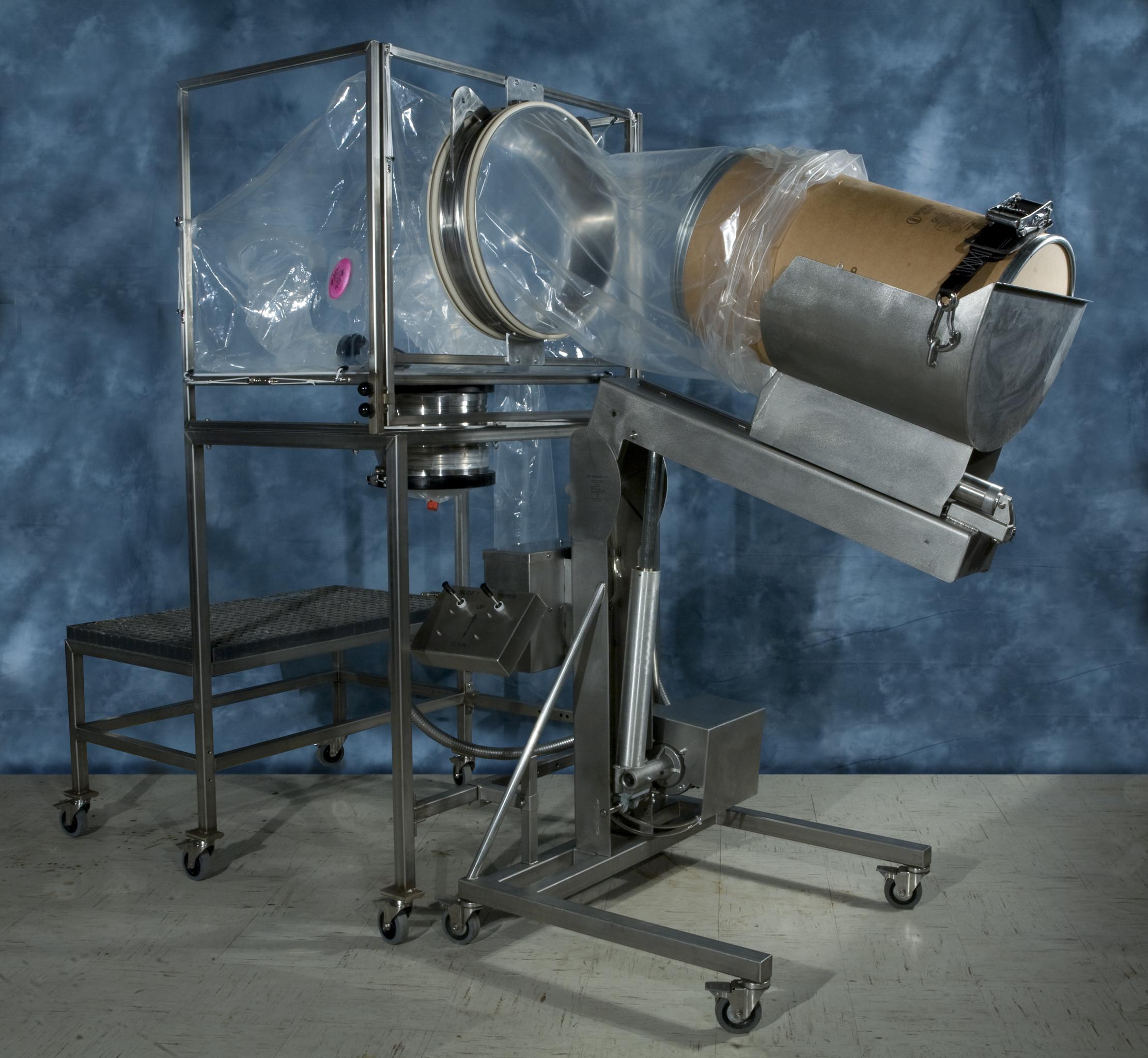 Pružný systém pro přemístění materiálu z barelových vaků